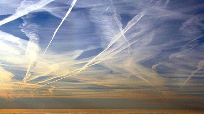 Voditelj CIA-e je potvrdio raspršivanje aerosola u atmosferi